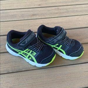 ASICS Boys Velcro Sneakers